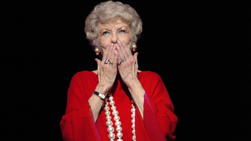 Elaine Stritch: Broadway Legend, Barstool Sage
