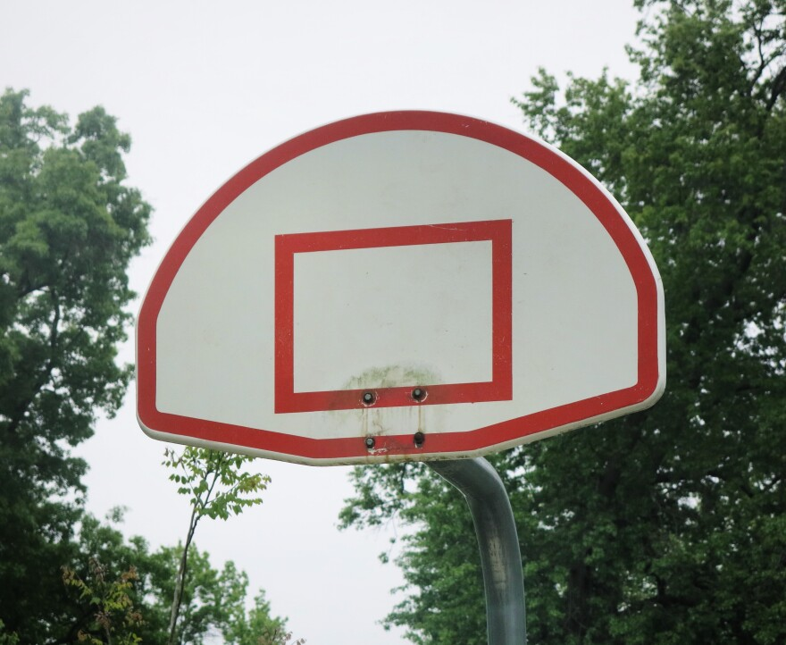 051520_McCrum Park_basketball court_Prairie Village_GK.jpeg