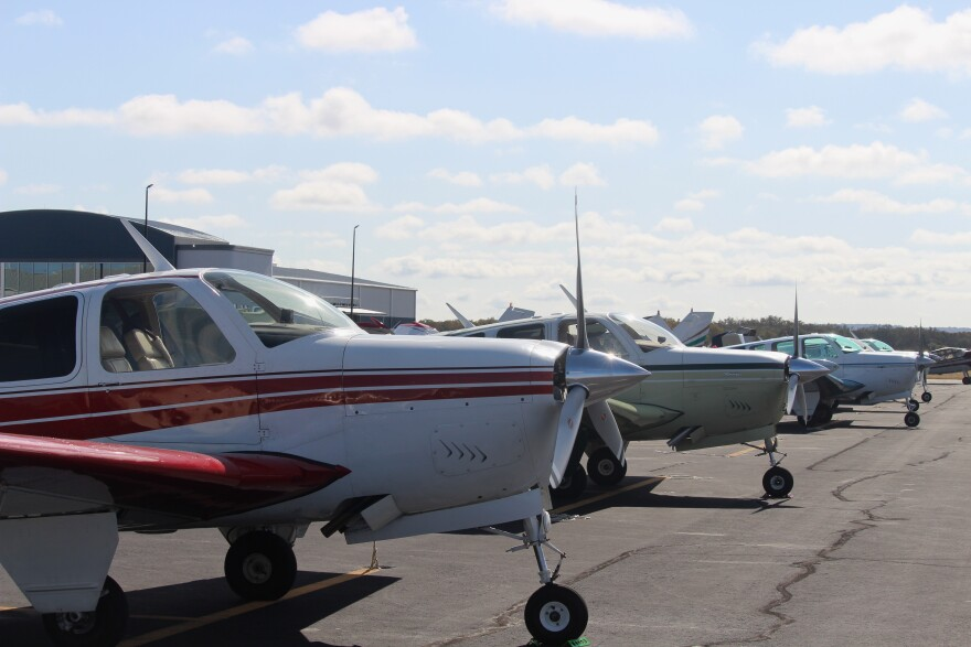 Planes parked outside of Gillespie County Airport.