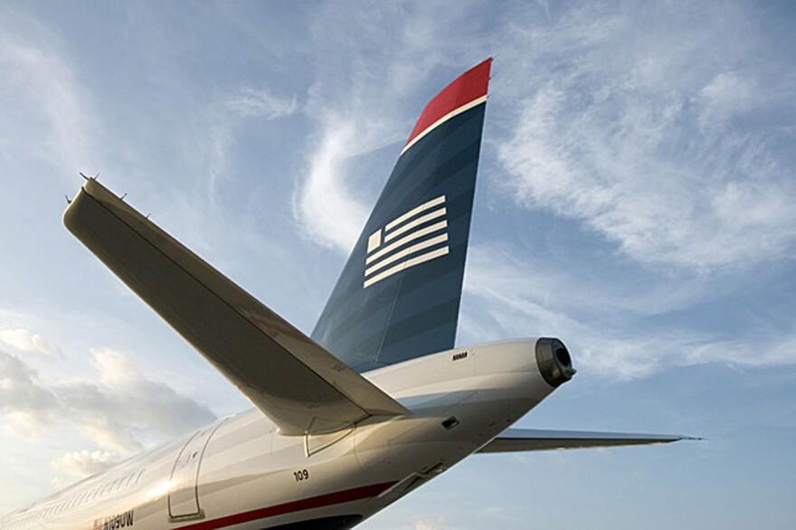 US_Airways_left_tail.jpg