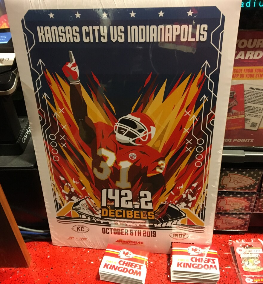 101319_chiefs_retro_poster_by_sike_style_photo_by_greg_echlin.jpg
