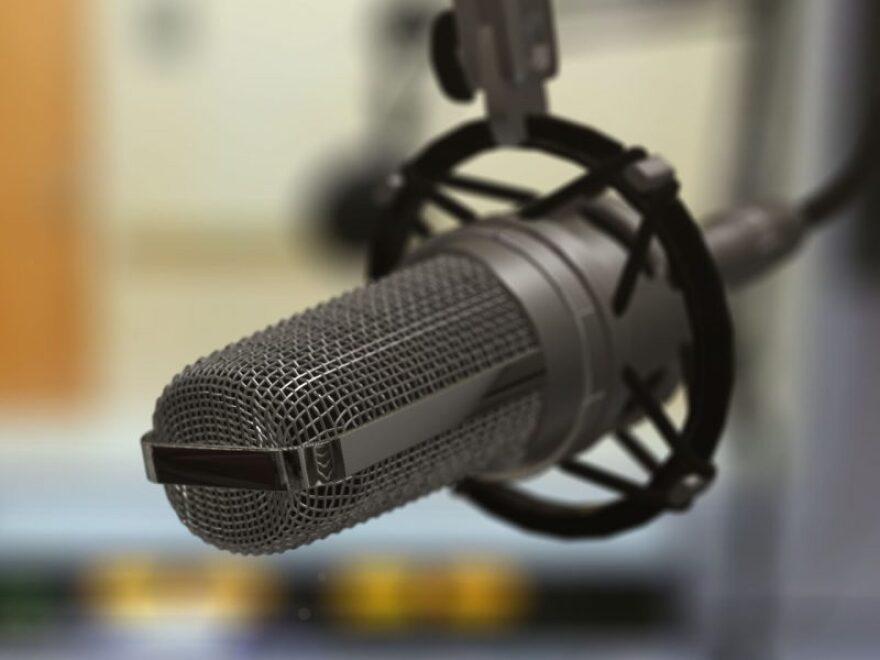1280x960_microphone.jpg