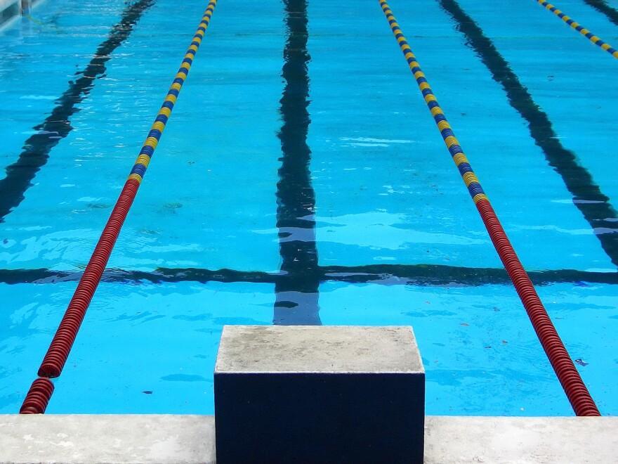 swimming_pool_rufino_uribe.jpg