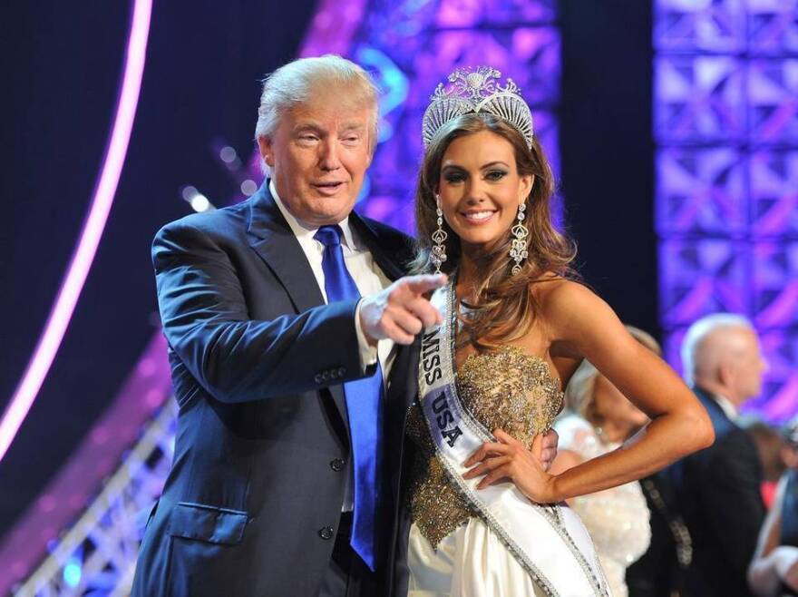 TV-Univision-Trump.jpg