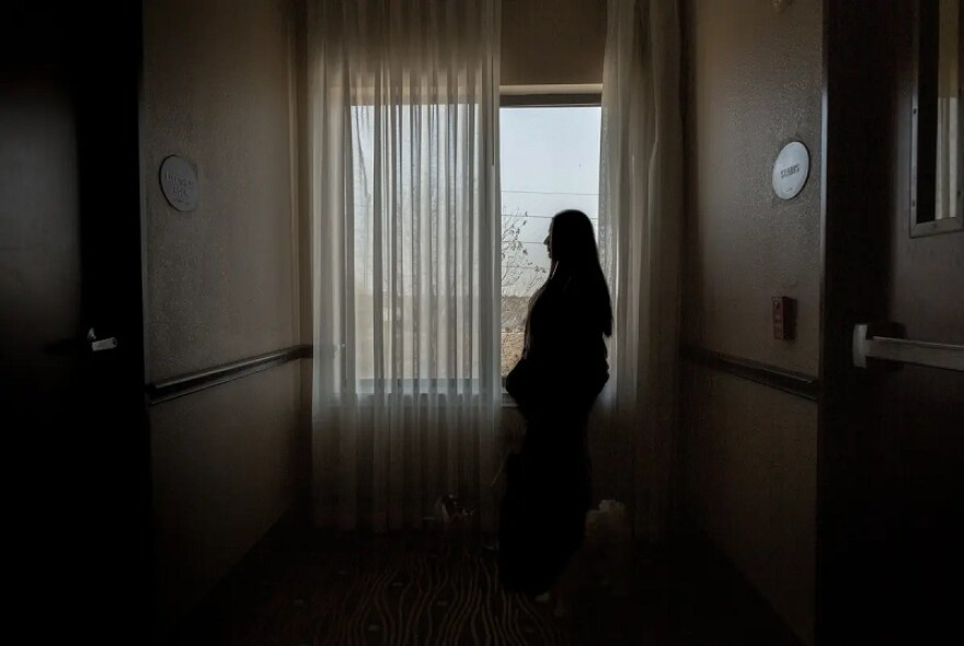 Lisa, an anonymous HPV patient living in a Houston hotel to escape domestic abuse, navigates the uncertainties of Planned Parenthood being withdrawn from Medicaid coverage.