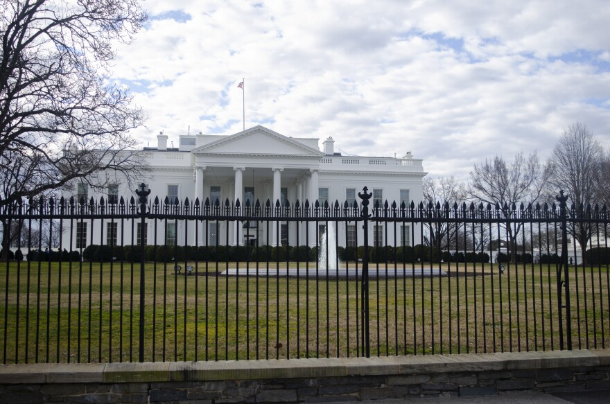 Whitehouse-photo.jpg
