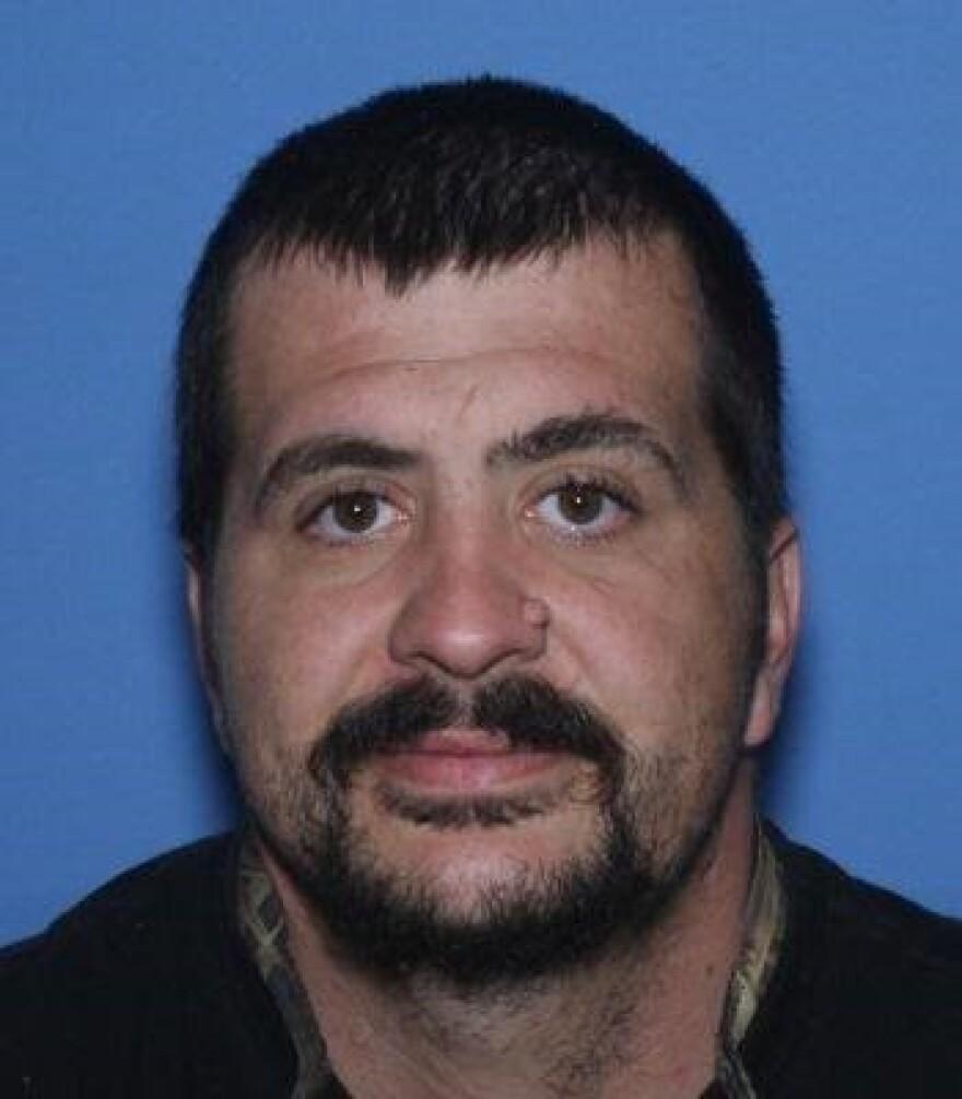 "Christopher Wayne ""Flip"" Sparks - Rape suspect - Jonesboro E911.jpg"