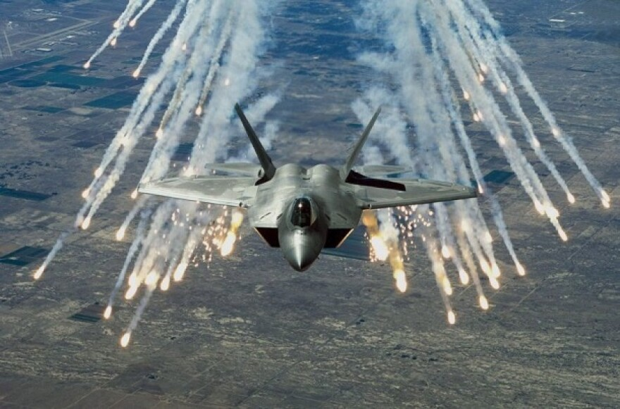 US-Air-Force-F-22-Raptor.jpg