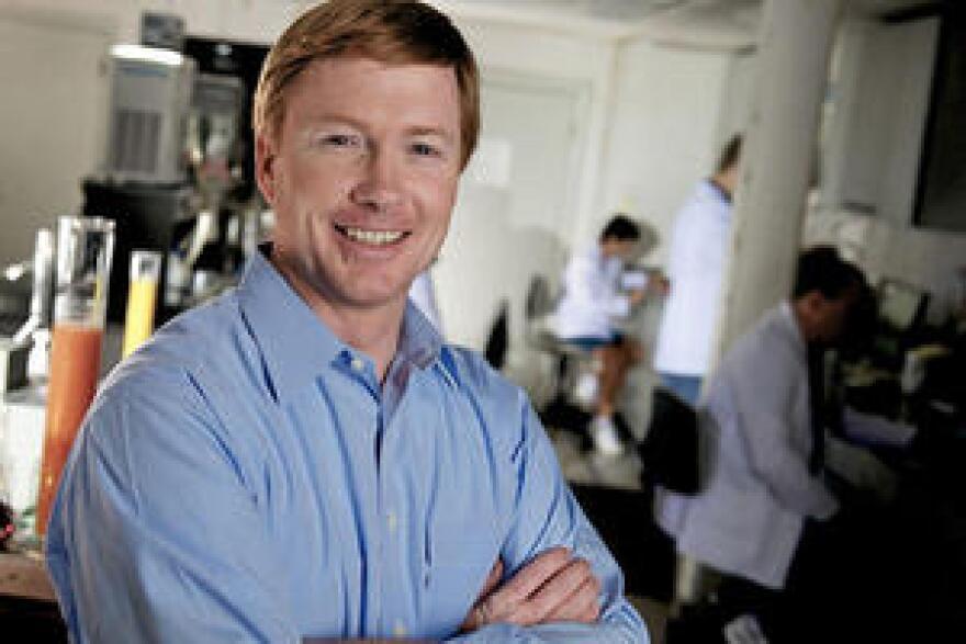 Adam-Putnam-in-Lab_large.jpg