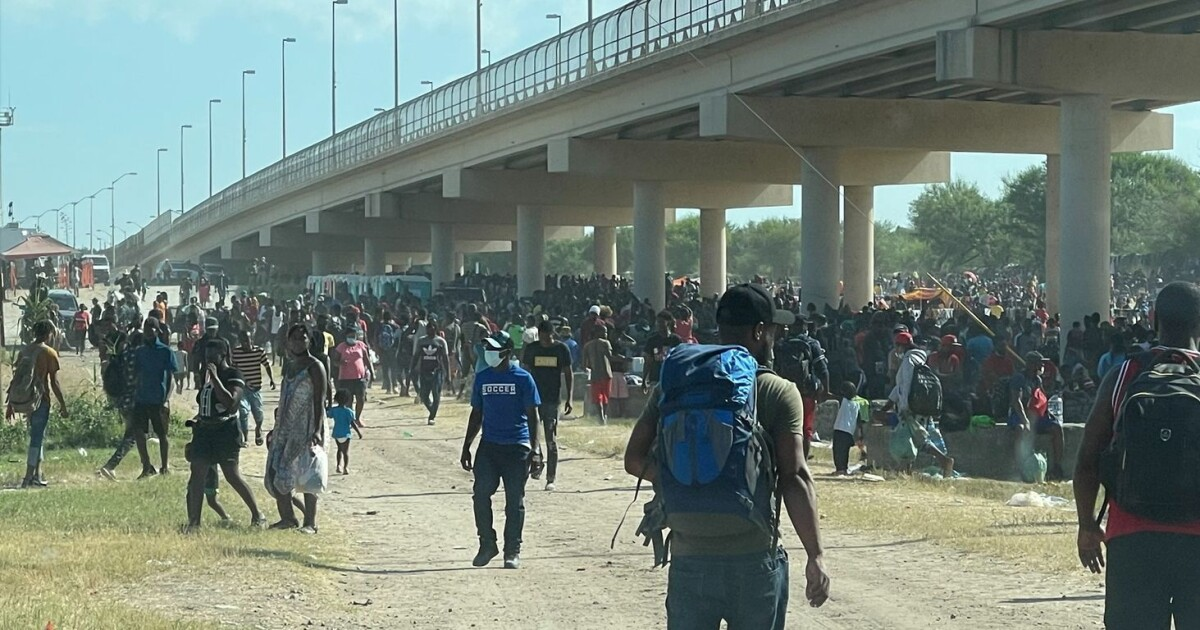 U.S. Closes Del Rio, Texas Ports Of Entry As More Than 12,000 Migrants Wait Underneath International Bridge
