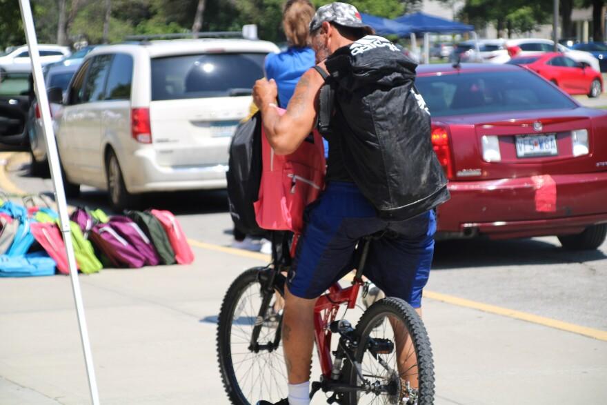 backpack bicycle