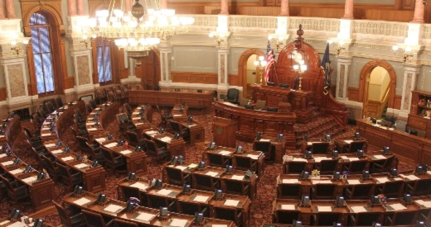 House chamber small.jpg