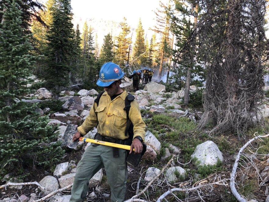 Photo of a wildland firefighter.