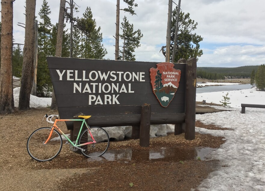 Photo of Yellowstone Entrance Sign.