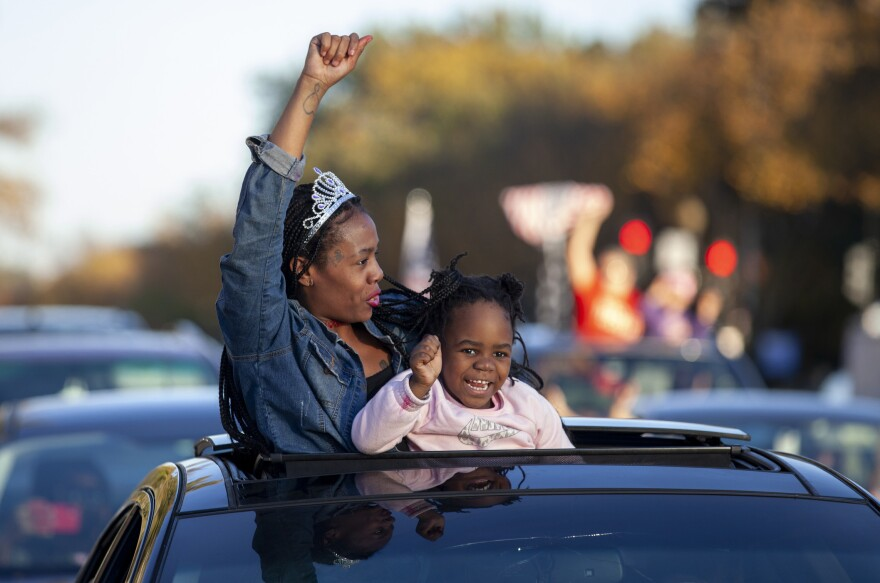 <strong>WASHINGTON, D.C.</strong>: Some people spontaneously celebrate from their cars.