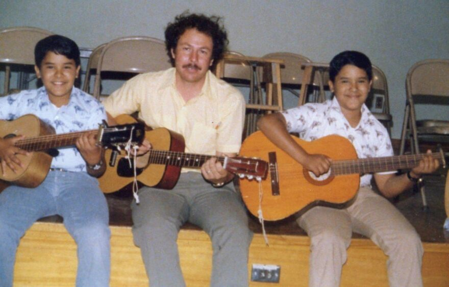 Alfredo-Valenzuela-Ruchard-Ruben-Carranza-1200x768.jpg