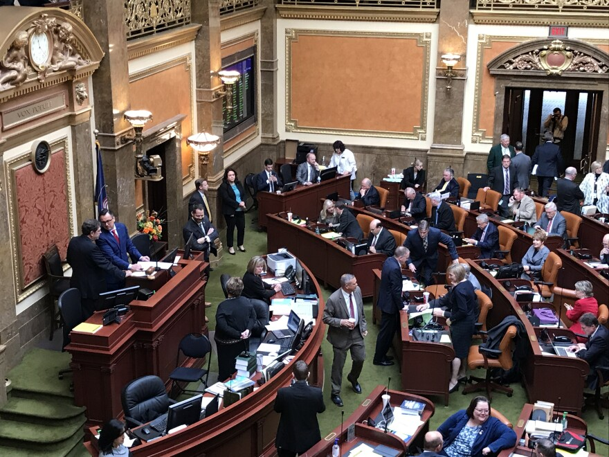 Utah lawmakers at special session.