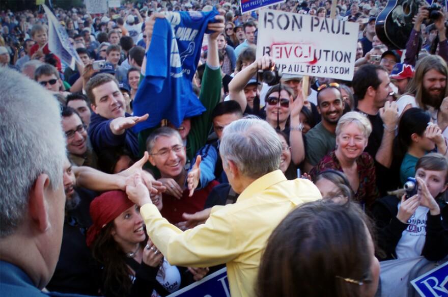 Ron-Paul-Shaking-Hands-After-Speech_jpg_800x1000_q100.jpg