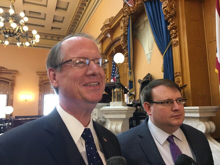 Photo of Senators Scott Oelslager and President Larry Obhof