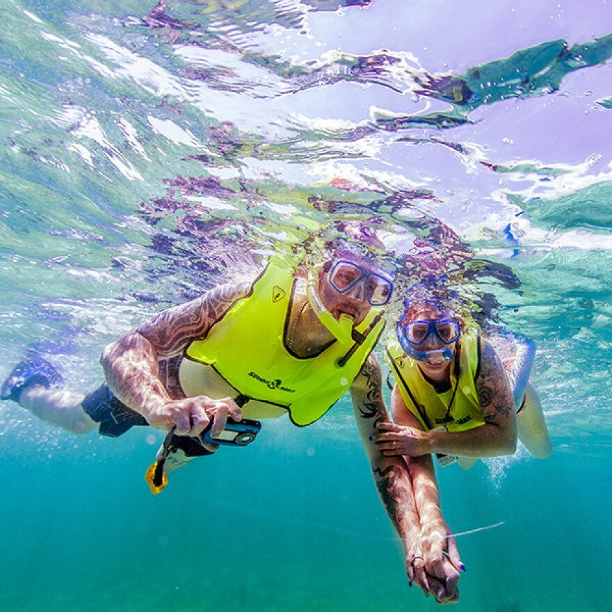 snorkelers_florida_keys_national_marine_sanctuary_matt_mcintosh.jpg