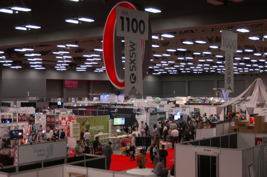 sxsw 2011 exhibition hall.jpg