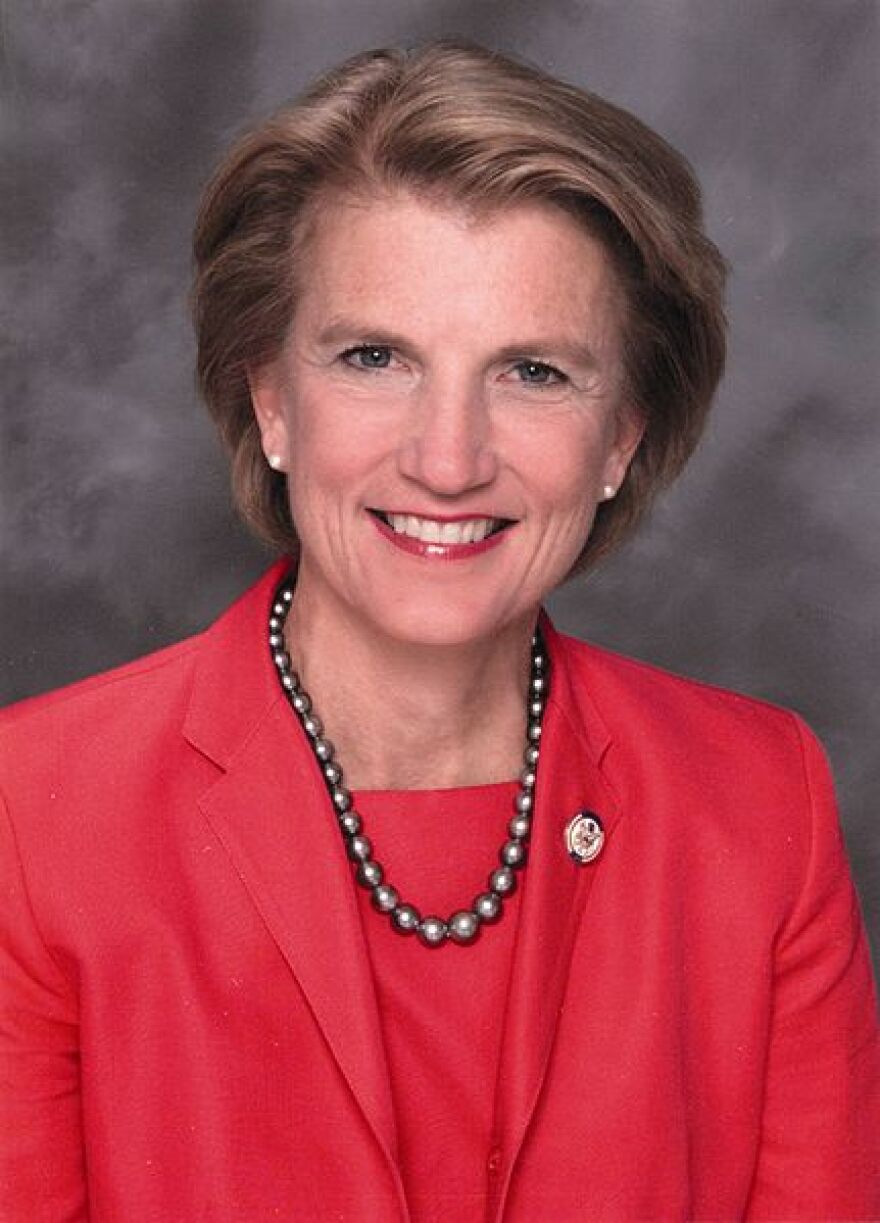 431px-shelley_moore_capito__official_photo_portrait__color.jpg