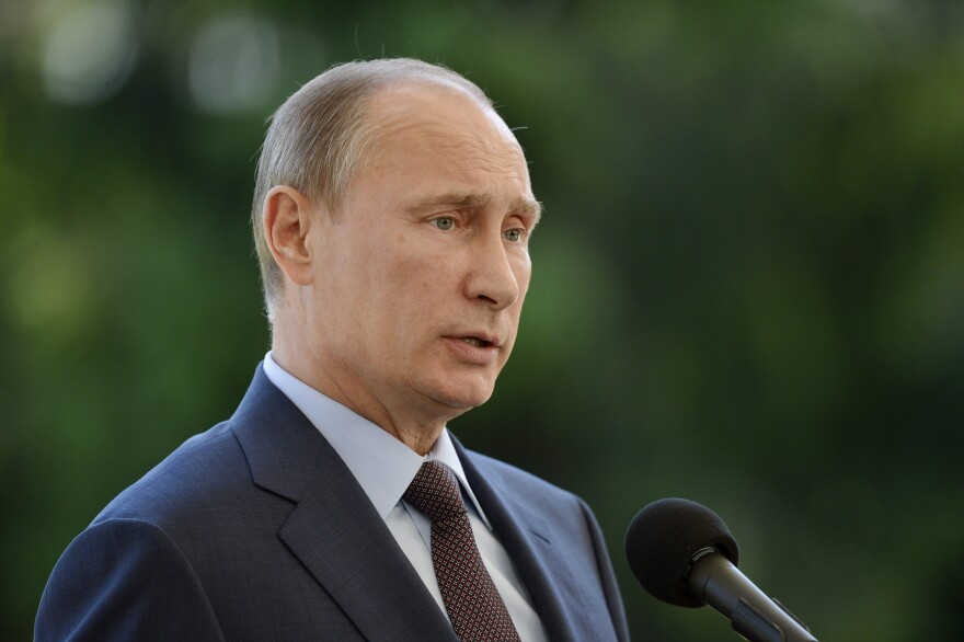 Russian President Vladimir Putin speaks at the presidential summer residence Kultaranta in Naantali, Finland on Tuesday.