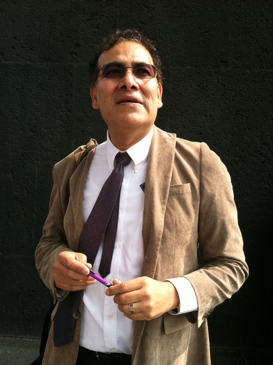Fred Alvarez, a political consultant and blogger, says Mexicans do not want to see a new state party where the president, for example, Pena Nieto, becomes the party chief.